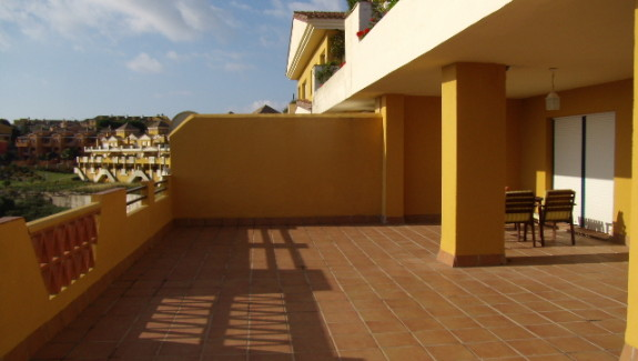 long term rental 3 bedroom apartment at Balcon de la Alcaidesa, San Roque