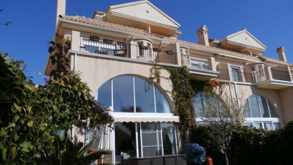 Long term rental townhouse in La Alcaidesa