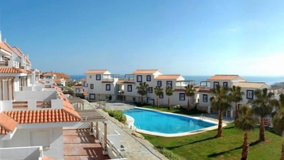rent a 2 bedrooms apartment in Vistalmar - Alquiler de larga temporada Manilva