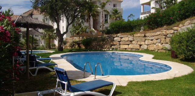 Penthouse apartment to let long term Vista Golf - Estepona