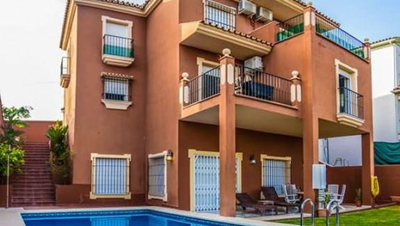 four bedroom villa for rent in Marbella, La Quinta, San Pedro de Alcántara