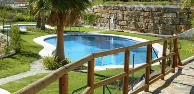 two bedrooms apartment to let long term Mirabella, Casares
