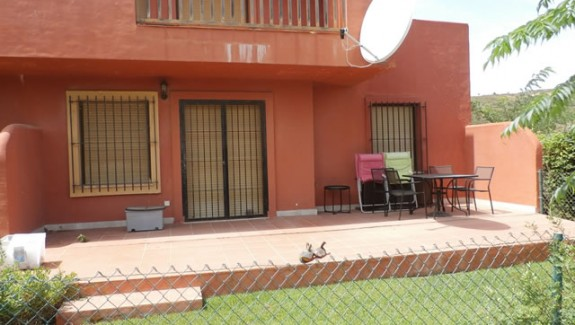 Three Bedroom garden apartment for rent in Costa Galera - Estepona