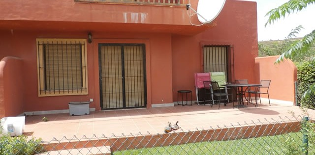 Three Bedroom garden apartment for rent in Costa Galera - Estepona