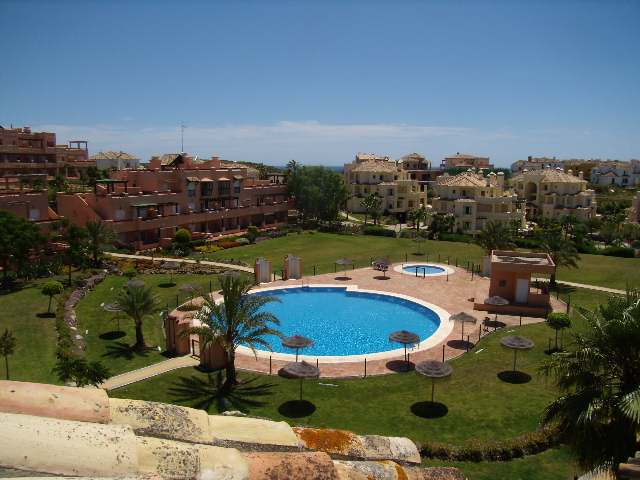 Three Bedrooms Penthouse Apartment for Rent - Casares del Sol