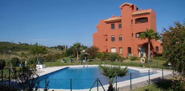 Garden apartment to let long term in Costa Galera - Estepona