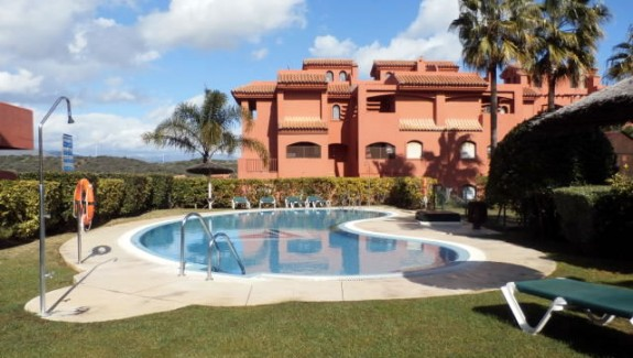 ground floor apartment for rent long term in Costa Galera - Estepona - Costa del Sol