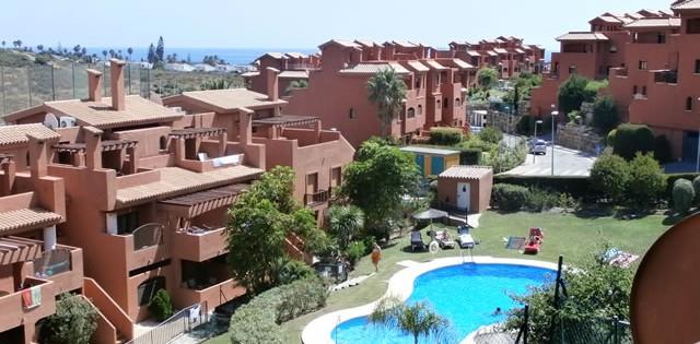 long term rental triplex penthouse apartment in Costa Galera - Estepona - Costa del Sol - Spain