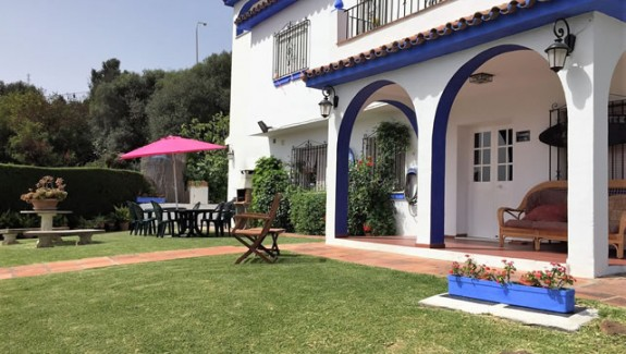 Villa for rent long term Estepona