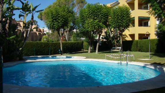 Two Bedroom Garden Apartment - Alhambra del Sol - Guadalmina Baja - For Rent