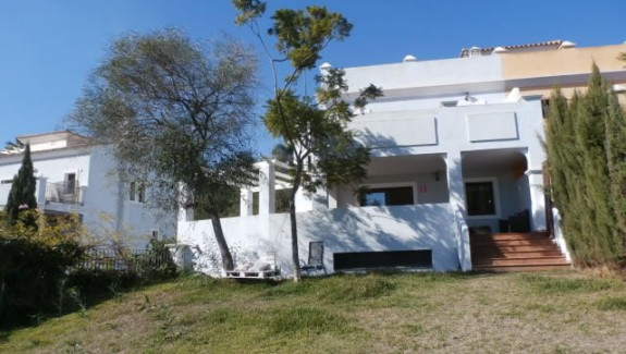 Long Rental Let 3 or 4 Bedroom Town House - Estepona