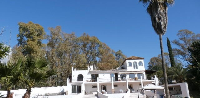 Villa for Rent in Puerto Romano - Estepona