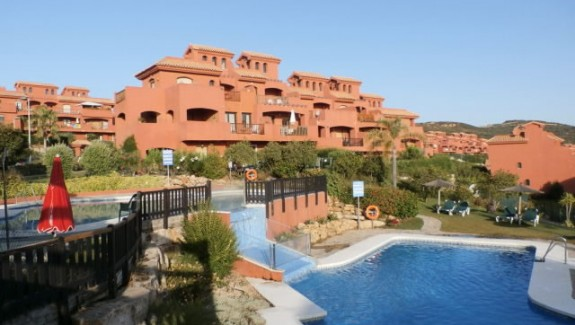 Ground Floor Garden Apartment - Costa Galera - Estepona